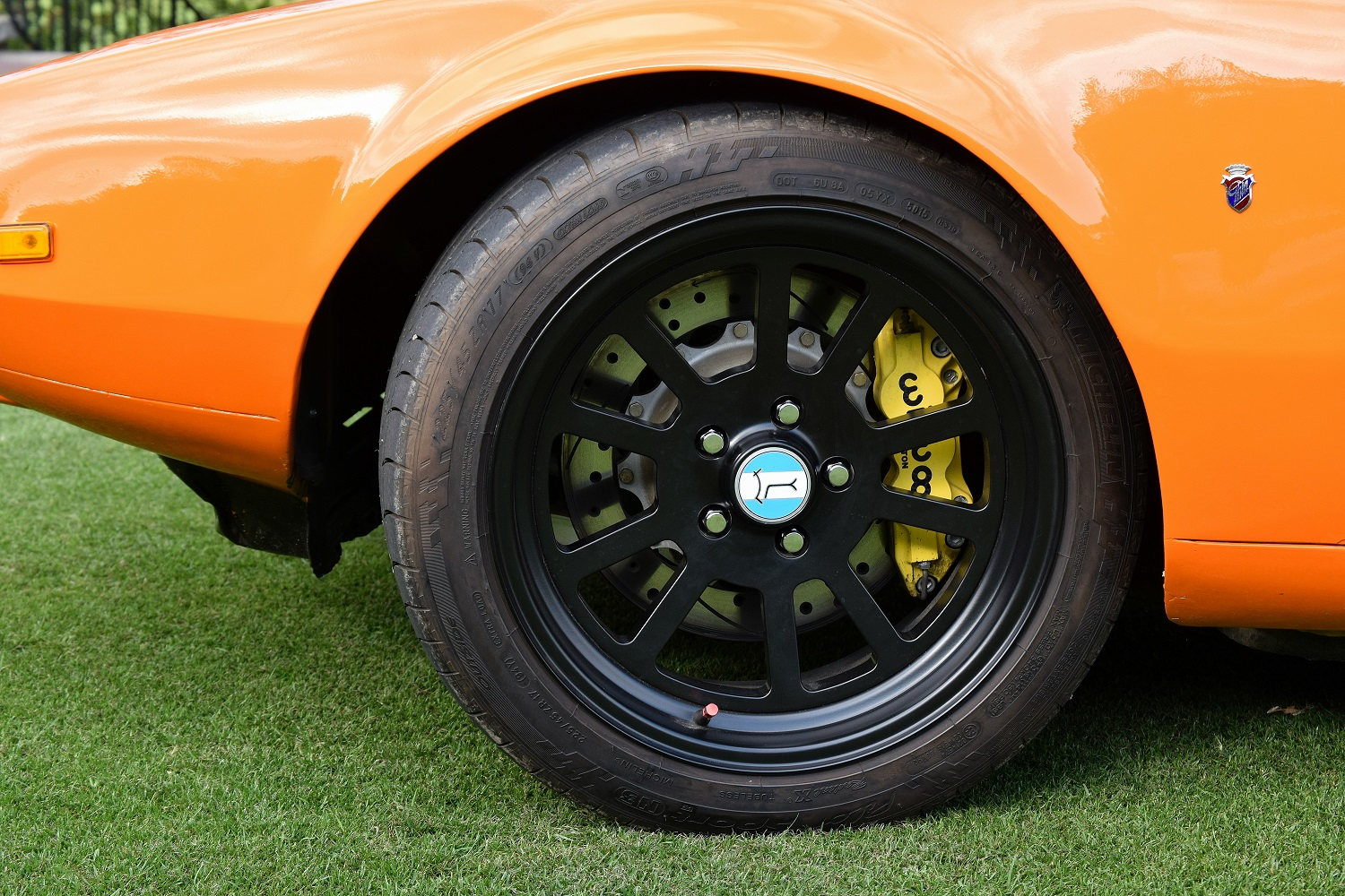 Front wheel detail of the Pantera